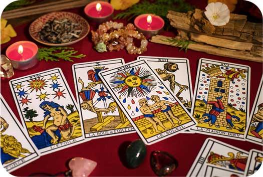 Tarot Symbols for Decision Making