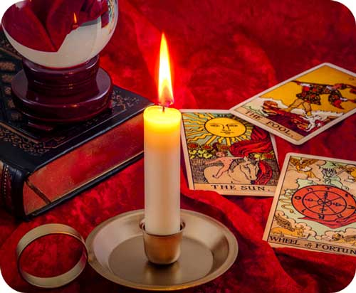 Tarot Teachings by Avia