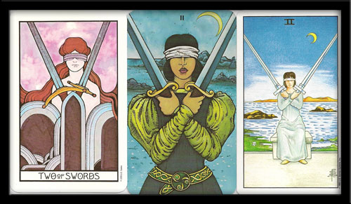 Two of Swords meaning in Tarot