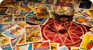 understanding a tarot deck